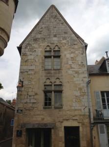 Cliquer pour agrandir Maison urbaine du XIIIes Tous droits réservés Michèle LALLEE-LENDERS