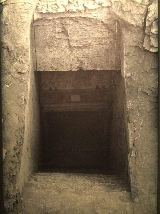 Entrée du tombeau